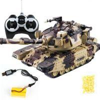 1:32 Guerra militar RC Battle Tank con 3 baterías Control remoto Coche con balas de disparo Modelo Modelo Boy Electronic Toys Regalo de cumpleaños 201208