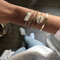 Bracelet Boho Plusieurs Couches Bracelets pour Femmes Vintage Blanc Coquille Geometric Gold Beads Beads Chains Fashion Bracelet Ensemble de bijoux