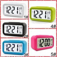 Stummschaltung Wecker Kunststoff LCD Smart Clock Temperatur Niedlichen lichtempfindlichen Bett Digital Wecker Snooze Nightlight Kalender Iia855
