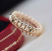 Anello di Band Punk di qualità lussuosa in oro rosa 18k placcato oro e colore platino per le donne gioielli da sposa regalo spedizione gratuita PS8255A