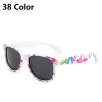 NUEVOS NIÑOS NIÑOS Gafas de sol Polarizadas Niñas Niñas Bebé Infantil Moda Gafas de sol UV400 Eyewear Niño Cuadrado Gafas de Sol