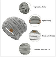usine épaisse chaude extérieure hiver chapeau pompon femmes soft étirement câble tricoté sonnette fourrure caisselle chapeaux chapeaux crullies skullies ski capsules de ski