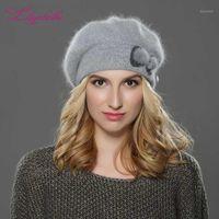 LiliyabaHe Yeni Kış Kadın Bere Şapka Örme Yün Angora Bere Basit Ve Şık Vizon Çiçek Dekorasyon Kap Çift Sıcak Hat1