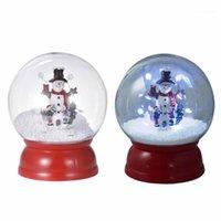 크리스마스 장식 스노우 글로브 하우스 크리스탈 공 산타 클로스 침실 음악 상자 선물을위한 빛의 밤을 회전합니다.