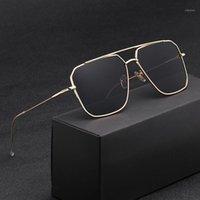 2020 새로운 선글라스 남성 이상 반사성 거울 클래식 스퀘어 금속 안경 빈티지 패션 여성 태양 안경 UV4001
