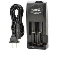 100% Original Trustfire TR001 Dual Chargeur Multifonctionnel Double batterie Chargeur de batterie pour 18650 18500 17670 16340 14500 10440 16430 Batteries