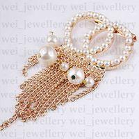 Perla diseñador broche c letra diamante broches pin borla mujer broche diseñador joyería moda ropa decoración