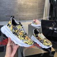Louis Vuitton LV shoes 2021Top Yeni Erkekler Paris Rahat Ayakkabılar Eğitmenler Baba Ayakkabı Sneaker Siyah Boy Mens Bayan Beyaz En İyi Kalite Koşucu Chaussures WLGC191001