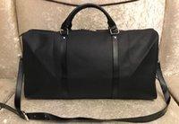 Büyük Kapasiteli Spor Çantası Tasarımcı Çanta Duffle Man Seyahat Çantası Erkek Duffel Sırt Çantası Açık Bagaj Çantası
