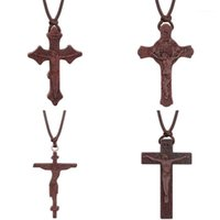 Colares pendentes Inri Christian Vermelho Umbila Madeira Cruz Colar Ortodoxo Crucifixo Jesus para Homens Ajustável Chapas de Corda11