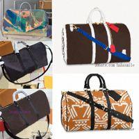 2019 duffel رجل مصمم السفر مخلب على حقيبة الأمتعة الرجالكرة سلةTOTES Keepall 55 PVC حقيبة يد واق حقيبة يد 2021