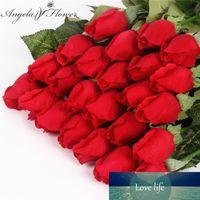 Real Touch Rose Bud 25pcs / lot mariage de soie artificielle décorations bouquet de fleurs maison pour soirée de mariage ou d'anniversaire petits bourgeons