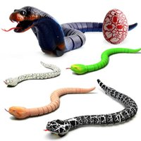 Novedad rc serpiente naja cobra víbora control remoto robot juguete animal con cable usb divertido terrible navidad niños regalo Y200413