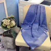 2020 Fashion Design Sciarpa di alta qualità in lana di seta con fili d'argento sciarpe inverno caldo scialli morbidi avvolta unisex marchi sciarpe senza scatola Jone1