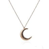 Collana Vintage schiacciata del Crescent Luna Cristallo di monili delle donne Piccola pietra naturale della collana di oro russo a lunga catena regalo