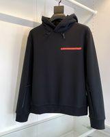2021 Herbst Winter Luxus Design Hohe Qualität Sport Mit Kapuze Warm Dicke Männer Hoodies Traingle Pocket Hoodie Red Badge