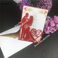 50pcs / серия Лазерная резка Бирде и Groom перламутровые Индивидуальные свадебные Приглашения Годовщина свадьбы партии Приглашения карты