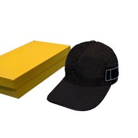 Klasik Beyzbol Şapkası Güneş Şapka Erkekler Ve Kadınlar Moda Tasarım Pamuk Nakış Ayarlanabilir Spor Mağarası Şapka Kutuları Ile Güzel Kalite Kafa Giyim
