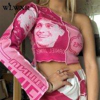 여성용 T 셔츠 WLWXR 하나 어깨 긴 소매 자르기 탑 여성 그래픽 패치 워크 T 셔츠 숙녀 립 니트 니트 티셔츠 핑크 거리