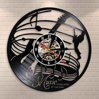 Guitar Wall Art Clock Guitar Rock décor de disque vinyle Wall Clock Musique Citations Music Is The Voice Of The Soul Voir