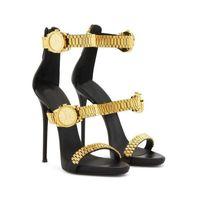 Luxo relógio de ouro cravejado sandálias de salto alto cadeia de metal decoração gladiador sandálias mulheres desenhador de alto saltos festa sapatos mulher 2020 c0128