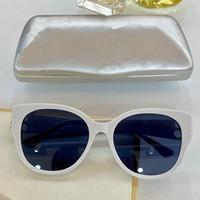 0103SA 여성 선글라스 나비 프레임 탑 플레이트 전체 프레임 안경 수감자 다이아몬드 우아한 고전 안경 UV400 보호 벨트 상자