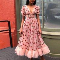 Vestido de verano Mujeres Fresa Pink Mesh Vestido Maxi Vestidos Dulces Vestidos Corta Funda Sexy Cuello en V Encaje Arco Túnica Lolita Vestido Y0118