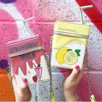 Boîte de lait mignon design de la boîte à bandoulière femme Sac à bandoulière à la fraise pour femmes 2020 dessin animé imprimer des sacs femme C1016