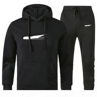 Мужчины дизайнерские толстовки брюки набор с капюшоном Coussuit Мужские потные костюмы Лоскутное черное твердое цветное 2020 осень зима 2шт толстовки спортсмены 3XL