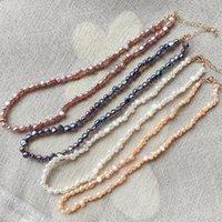 チョッカーズ4-5mmの小さな不規則なナゲットバロック様式の真珠のジュエリーショートカラー本物の天然淡水チョーカーネックレス37cm