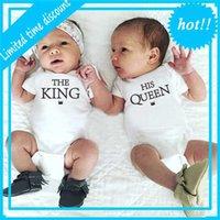 Близнецы и мальчик Новорожденные Baby Bodysuit Одежда Кошки короткие mouw письмо комбинезон летние onsie для ребенка