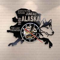 The Last Frontier Alaska Decor USA regalo Paesaggio urbano Vinyl Record Clock Nord verso il futuro Juneau moderna Vintage Alaska Dog Decor Orologio