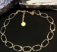 Collana della lettera Collana semplice e alla moda della collana di stile per i gioielli della donna di alta qualità in ottone placcato oro collana