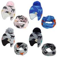 Oído del niño gorro de punto sombreros del bebé recién nacido con la bufanda Pompón Beanie Pañuelo muchachos de los sistemas de invierno del capo Accesorios niños de 4 colores DW5973