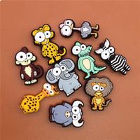 재미있는 동물 PVC 구두 매력 코끼리 신발 액세서리 들소 얼룩말 원숭이 장식 버클 아이의 선물 신발