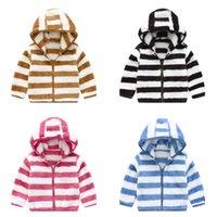 Детская спортивная одежда для одежды Верхняя вершина пальто осень зима детская одежда куртки девушки полосатый куртка шерстяной свитер мальчик с капюшоном новый G12701