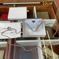 2021 حار المرأة مصغرة مثلث أكياس فاخرة محافظ مثلث سلسلة أكياس العلامة التجارية الجديدة crossbody حقيبة الكتف بو الجلود سيدة تغيير حقيبة PD21012001