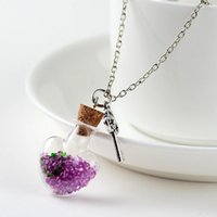 Anhänger Halsketten 2021 Original Treibflasche lebhafte hängende Halskette Kreative natürliche trockene Blume Frauen Herz Glas Mädchen Geschenk