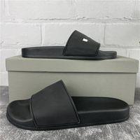 2Paris Sliders Mens Sandales d'été Femmes Beach Pantoufles Dames Flip Flip Mocassins Noir Ourdoor Home Diapositives Chaussures Chaussures Franchise