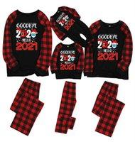 عائلة مطابقة مصمم نسيج مربع عيد الميلاد البيجامة وداعا 2020 مرحبا 2021 قناع بابا نويل الطفل رومبير الاطفال بلوزة وسروال الملابس E110202