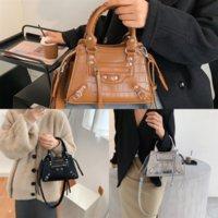 CDBR3 Newset Klasik Jumbo Şekli Büyük Tasarımcı X Çanta Zincir Omuz Dener Lüks Flap Deri Çanta Çanta Çanta Kadın Debriyaj