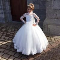 웨딩 파티 높은 목 세례 가운 얇은 명주 그물 전체 슬리브 아플리케 아이 성찬식 드레스에 세련된 흰색 꽃 소녀 드레스