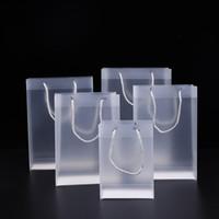 8 Tamaño Bolsas de regalo de plástico de PVC heladas con manijas Impermeable Transparente PVC Bolsa de PVC Bolso claro Favors Favores Bolso Logotipo personalizado