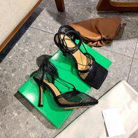 Vendita calda Nuovo stile Stili da donna Estate Alta Qualità All'aperto Casual Sandali Tacco alto Sandali di lusso Donne di lusso Scarpe classiche Moda Donna Pizzo Tacco alto Casua