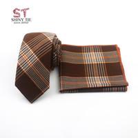 2020 Nueva lana algodón de la llegada corbata de rayas Set 6cm pajarita a cuadros suaves pequeños lazos Traje de bolsillo de la plaza del pañuelo pañuelo de vestir 24 * 24