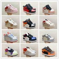 Kinderschuhe J 1s Pine Grün Rot Oreo Multicolor-Basketball-Schuhe Gelb-Basketball-Schuhe Infants große Jungs-Mädchen-UNC Zum Chicago Sneaker
