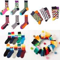 24 pcs = 12Pairs de alta qualidade marca feliz meias estilo britânico meias de xadrez gradient cor macho moda personalidade de algodão meias 100 n2