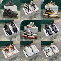 Moncler 5a haute qualité italienne Designer Hommes Salut Baskets montantes Italie Triple de cuir Toile plate-forme Formateurs Lacets plat Casual Noir Blanc Chaussures