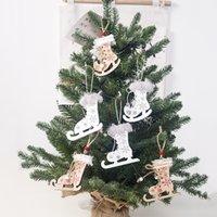 زينة عيد الميلاد اللون قلادة خشبية طباعة عيد الميلاد التزلج حبل القنب الأحذية قلادة صغيرة شجرة عيد الميلاد قلادة T500438