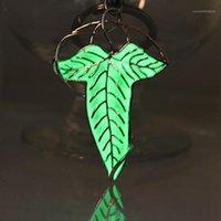 Кулон ожерелья Эльфийская брошь эльф листьев подвески свечения в темном Hobbit Amulet Tire1